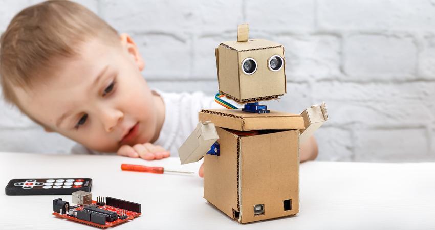 Robótica para crianças: conheça os benefícios para seu filho