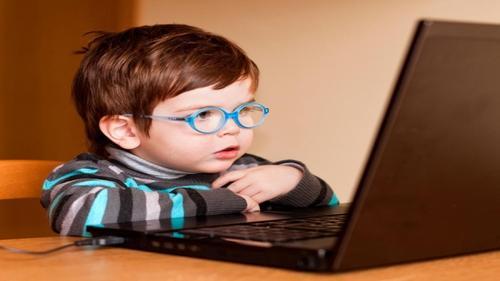 Dicas para garantir uma internet segura para crianças
